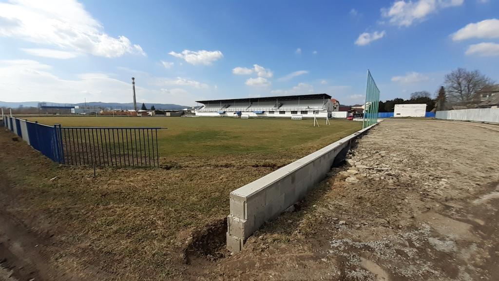 Futbalový štadión Bytča